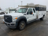 (South Beloit, IL) 2013 Ford F550 4x4 Extended-Cab Service Truck runs and drives