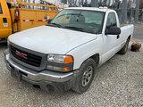 (Joplin, MO) 2005 GMC C1500 Pickup Truck Runs and drives