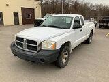 (La Porte, IN) 2006 Dodge Dakota 4x4 Extended-Cab Pickup Truck Unit will run, drive, and operate.  J