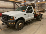 (Neenah, WI) 2006 Ford F350 4x4 Dump Truck runs and drives, hook up and remote for western v-plow