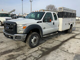 (South Beloit, IL) 2012 Ford F550 4x4 Extended-Cab Service Truck runs and drives