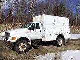(Shrewsbury, MA) 2000 Ford F650 Enclosed Utility Truck runs, with jump start, drives, body damage