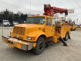 (Joplin, MO) Altec D1090-TB, Digger Derrick mounted behind cab on 1995 International 4900 Extended-C