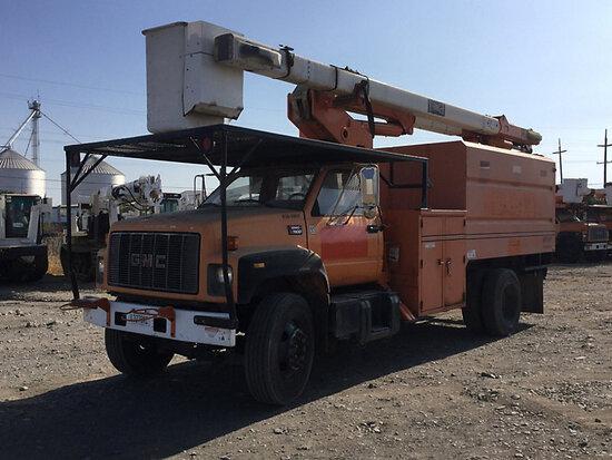 HiRanger XT5, Over-Center Bucket Truck mounted behind cab on 2000 GMC C7500 Chipper Dump Truck runs