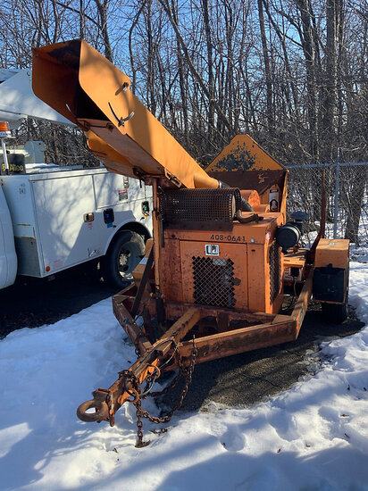 "2010 Midsouth 4MSD12 Chipper (12"" Drum), trailer mtd not running(missing starter), condition unknown"