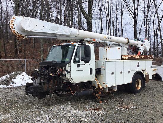 Altec AM55-MH, Over-Center Material Handling Bucket Truck rear mounted on 2009 International 4300 Ut