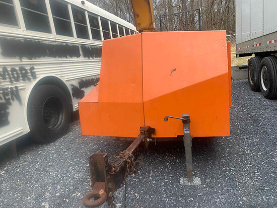 "2007 Vermeer BC1000XL Chipper (12"" Drum), trailer mtd not running, condition unknown, missing oil ca"