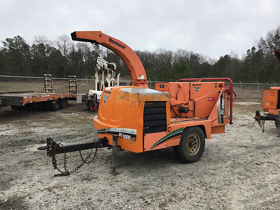 "2007 Vermeer BC1000XL Chipper (12"" Drum), trailer mtd not running, cranks slow, engine and operating"