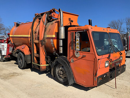 2000 Crane Carrier Co. Tilt Cab Low Entry Refuse/Trash Truck Not running, condition unknown, missing