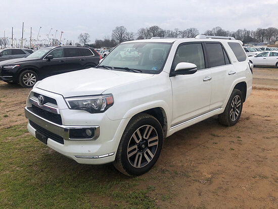 2016 Toyota 4Runner Limited 4x4 4-Door Sport Utility Vehicle, Loaded