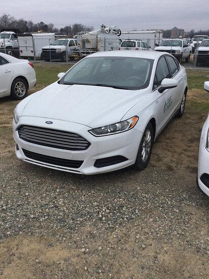 2015 Ford Fusion 4-Door Sedan