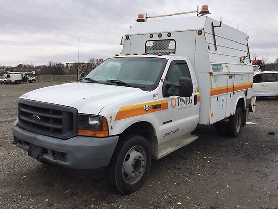 2000 Ford F550 Enclosed Service Truck