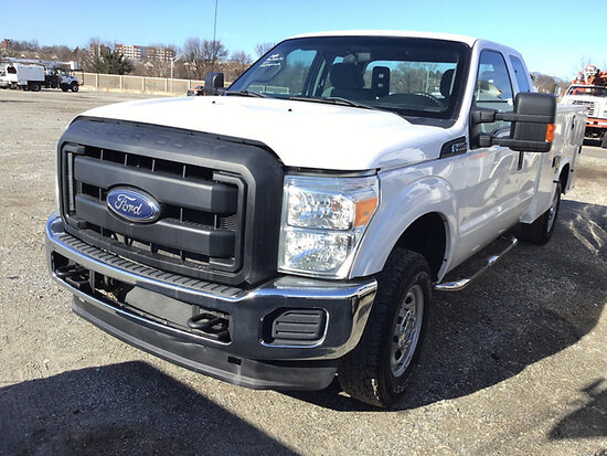 2015 Ford F250 4x4 Extended-Cab Service Truck