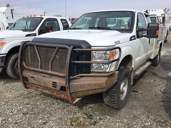2013 Ford F350 4x4 Extended-Cab Enclosed Service Truck