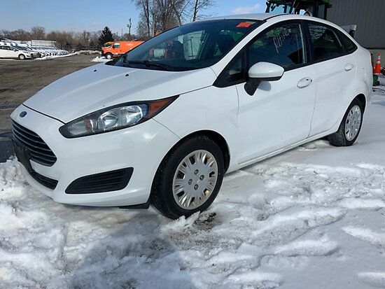 2014 Ford Fiesta 4-Door Sedan cranks, not running, condition unknown
