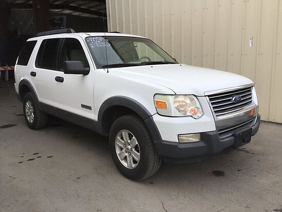 2006 Ford Explorer 4x4 4-Door Sport Utility Vehicle Runs and Drives