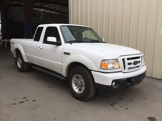 2011 Ford Ranger Extended-Cab Pickup Truck runs and drives