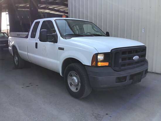 2006 Ford F250 Extended-Cab Pickup Truck Runs and Drives