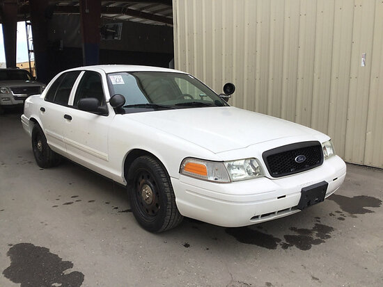 2011 Ford Crown Victoria 4-Door Sedan Runs and Drives