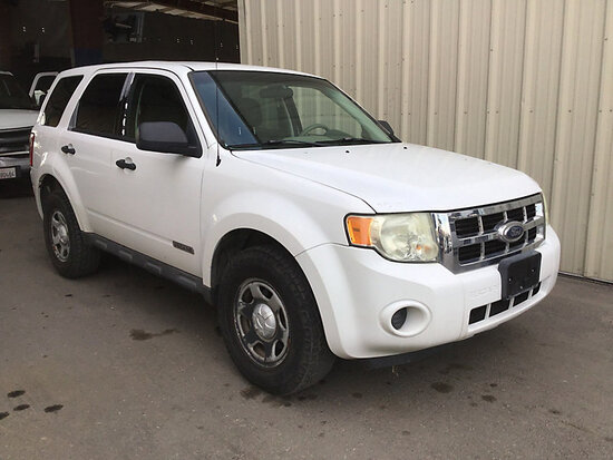 2008 Ford Escape 4x4 4-Door Sport Utility Vehicle runs & drives