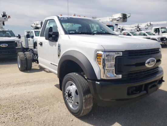 2019 Ford F-550 Cab & Chassis, Under 33,000 GVWR starts, runs & drives