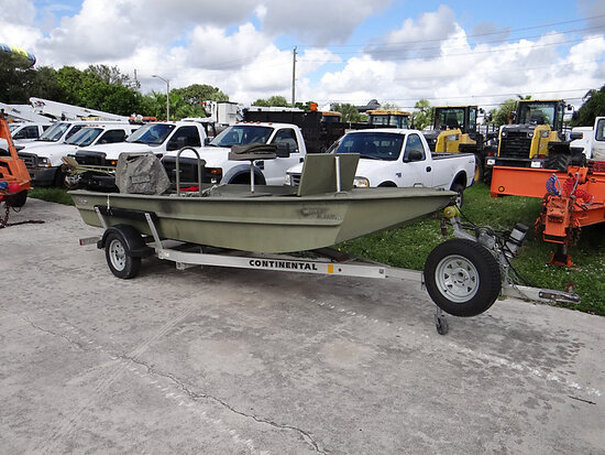 2010 Go-Devil 16 ft 4-Person Flat-Bottom Boat Starts and runs. No battery.