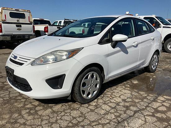 2012 Ford Fiesta 4-Door Sedan runs, bad transmission, no reverse, trans slips