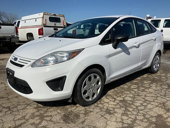 2012 Ford Fiesta 4-Door Sedan runs & drives