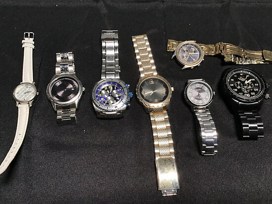 Assorted watches (Used) NOTE: This unit is being sold AS IS/WHERE IS via Timed Auction and is locate