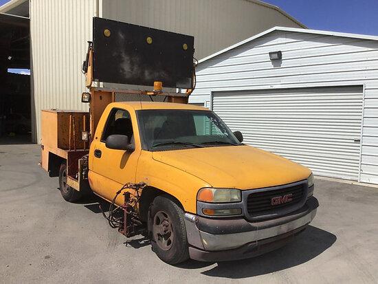 2001 GMC C1500 Service Truck, Paint stripper truck Runs and drives, needs catalytic converter, minor