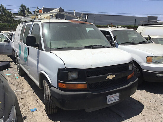 2007 Chevrolet G2500 Cargo Van non runner, no key, stripped of parts