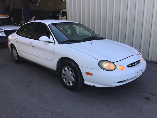 1998 Ford Taurus 4-Door Sedan Runs and drives, Duplicate Title