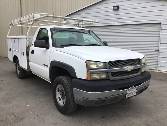 2003 Chevrolet C2500 Service Truck Runs and drives
