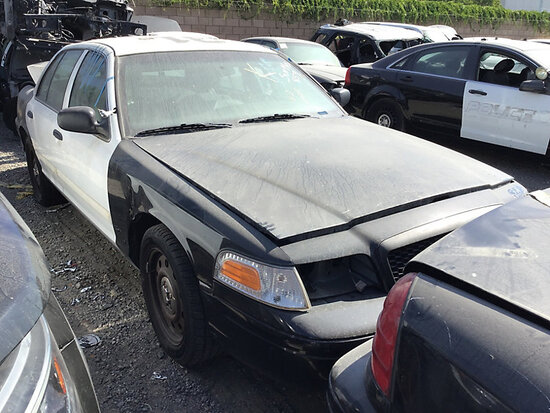 2011 Ford Crown Victoria 4-Door Sedan non runner, no key, stripped of parts, body damage
