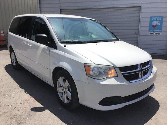 2013 Dodge Caravan Passenger Van Runs and drives