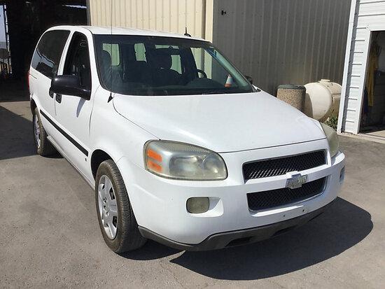 2008 Chevrolet Uplander LS Passenger Van Runs and drives, check engine light on, needs icm