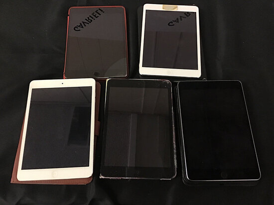 5 iPad minis | possibly locked (Used) NOTE: This unit is being sold AS IS/WHERE IS via Timed Auction