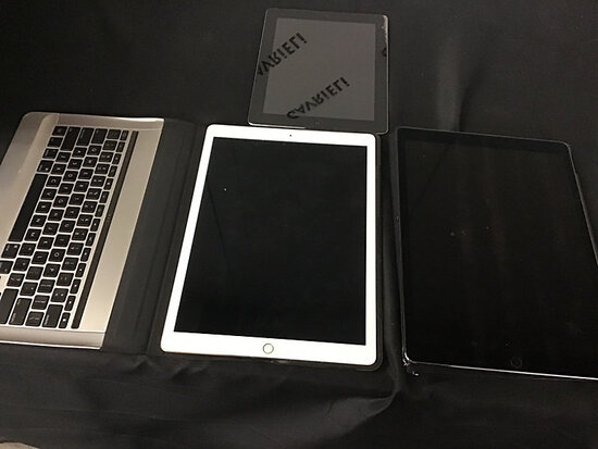 3 iPads | possibly locked (Used) NOTE: This unit is being sold AS IS/WHERE IS via Timed Auction and