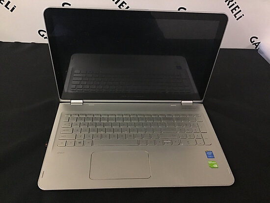 Hp laptop | possibly locked | no power plug | has crack on bottom (Used) NOTE: This unit is being so
