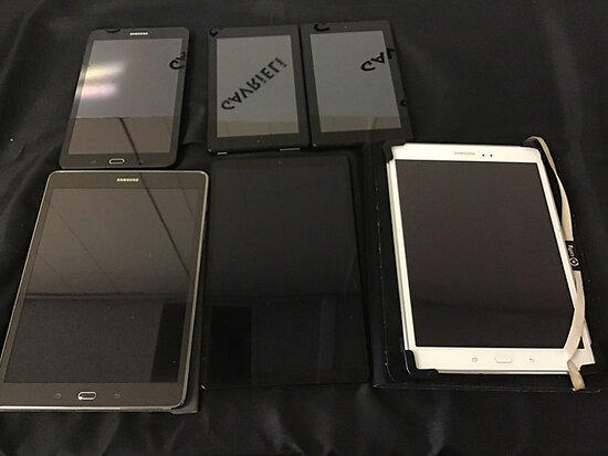 4 Samsung tablets and 2 amazon tablets | possibly locked (Used) NOTE: This unit is being sold AS IS/