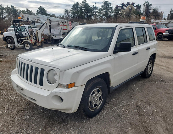 2008 Jeep Patriot 4x4 4-Door Sport Utility Vehicle runs, drives, body and rust damage
