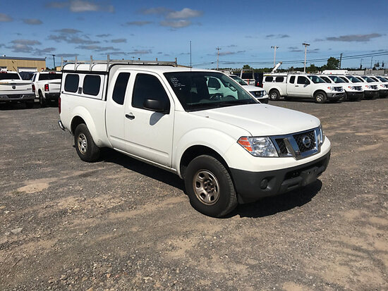 2016 Nissan Frontier Extended-Cab Pickup Truck Runs & Drives) (Check Engine Light On
