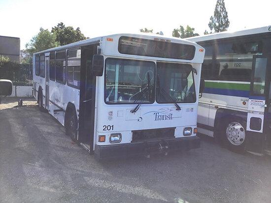 2003 Gillig Phantom Passenger Bus Non runner, stripped of parts, subject to arb regulations