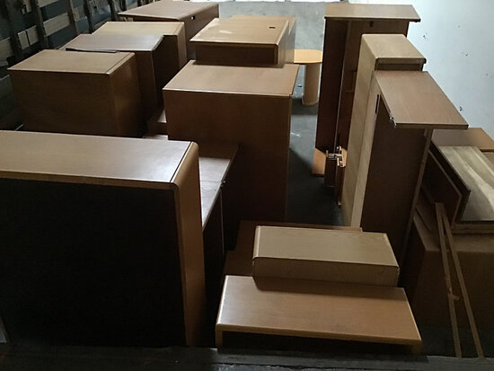 Assorted offices furniture (Used) NOTE: This unit is being sold AS IS/WHERE IS via Timed Auction and