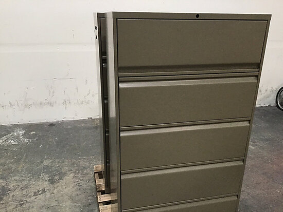 2 metal file cabinets (Used) NOTE: This unit is being sold AS IS/WHERE IS via Timed Auction and is l