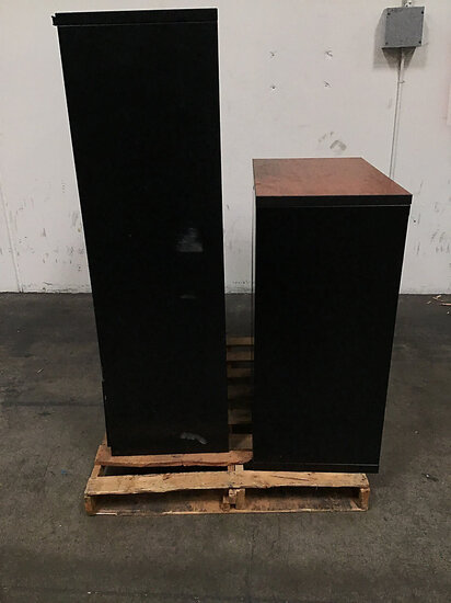2 metal 5 drawers file cabinet | 1 metal cabinet (Used ) NOTE: This unit is being sold AS IS/WHERE I