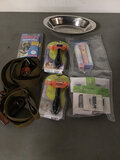 Dog accessories | thin flashlights |deep cutting blades (Used ) NOTE: This unit is being sold AS IS/