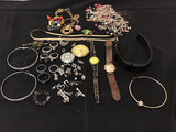 Mis. Jewelry | watches (Used ) NOTE: This unit is being sold AS IS/WHERE IS via Timed Auction and is