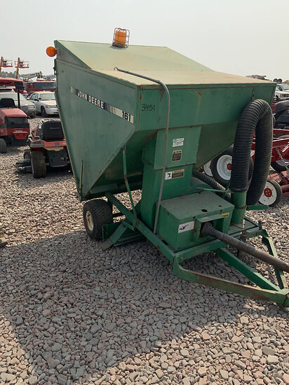 1990 John Deere 161 Tow Behind Vacuum Yard Sweeper Condition Unknown