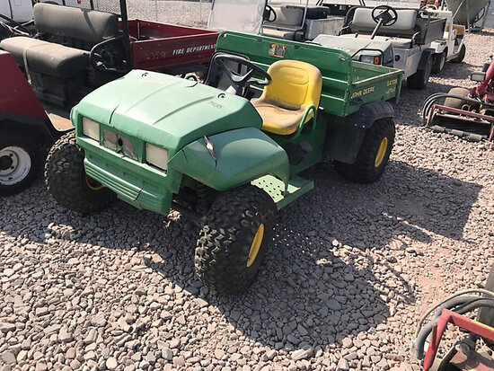 John Deere Gator 4x2 Yard Cart Not Running, Condition Unknown) (No Title